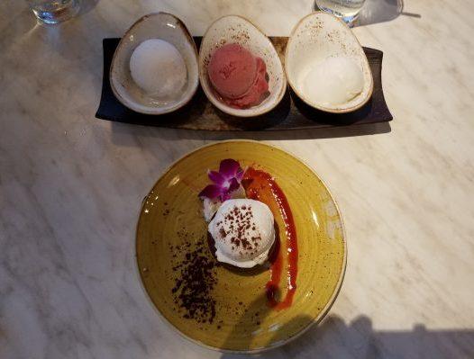 Dessert setting La Vie